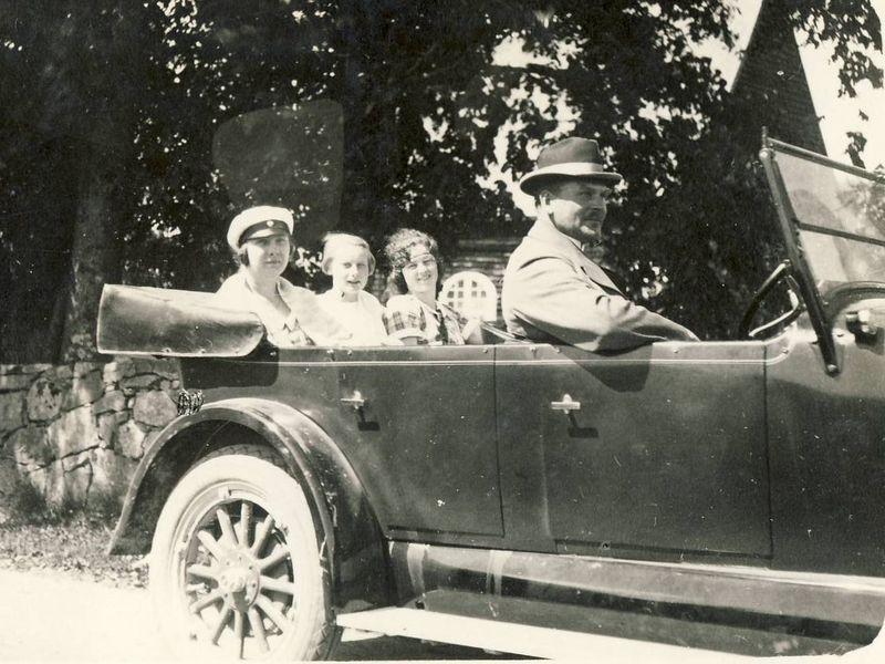 t-1925